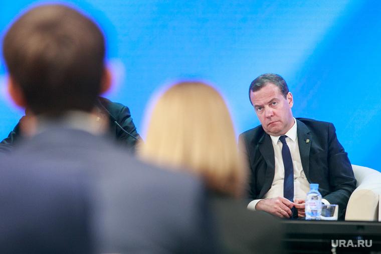 Дмитрий Медведев стал героем…