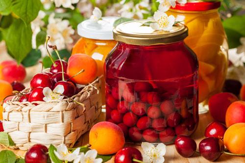Компоты на зиму: 12 вкусных рецептов