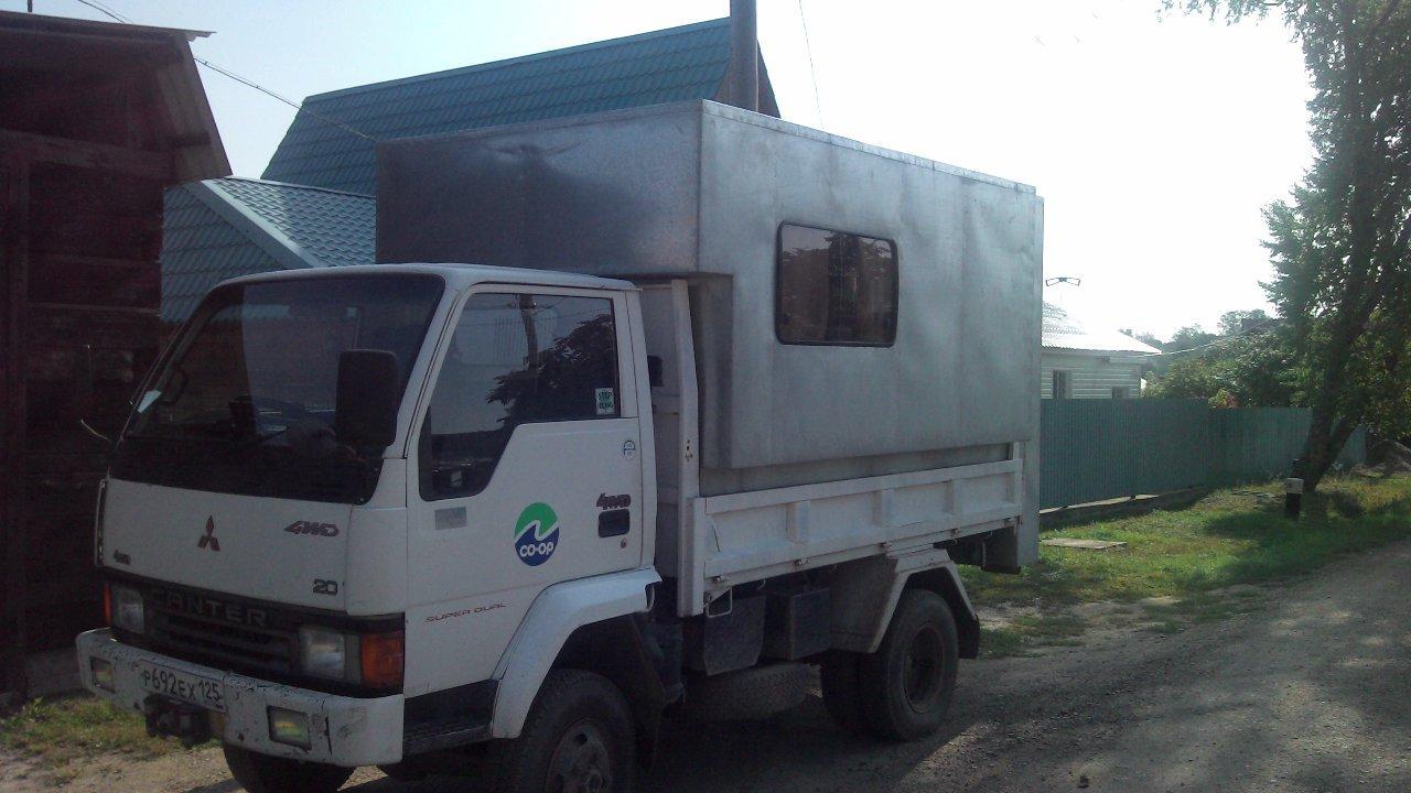 Самодельный жилой модуль на Mitsubishi Canter