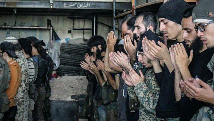 В Сирии террористы ИГ угрожа…