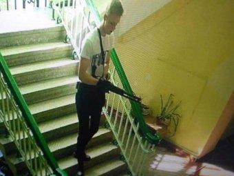 СМИ опубликовали посмертные фото «керченского стрелка» после убийств в колледже