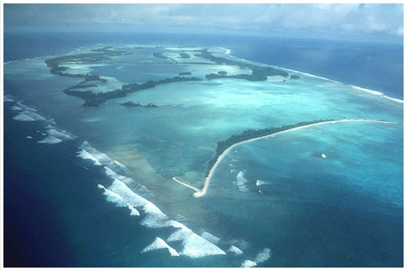 Атолл Пальмира, Гавайи. Известен часто пропадающими совершенно бесследно судами. Этот атолл моряки старались обходить стороной, остров имеет славу непонятного и загадочного. жизнь, земля, интересное, необитаемые острова, факты