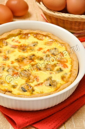 Пирог с лососем и сыром (киш лорен)