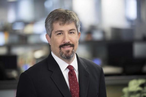 Корреспондент Wall Street Journal уволен за участие в оружейной сделке