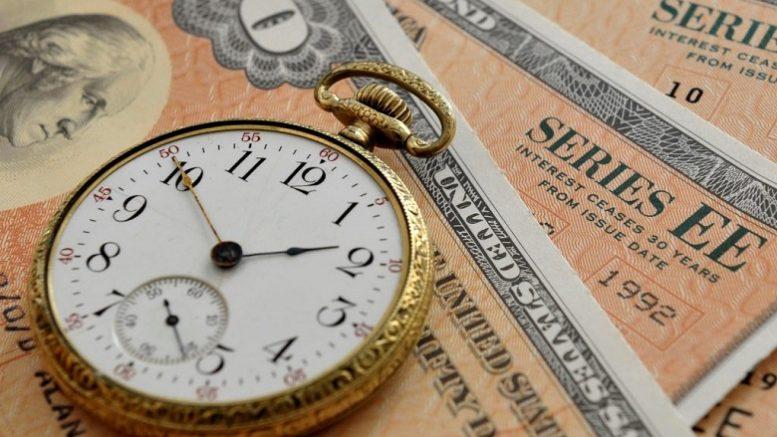 Почему Минфин России продал половину имевшихся казначейских бумаг США