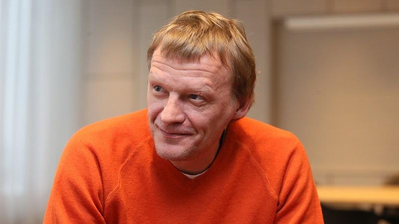 Алексей Серебряков впервые в…