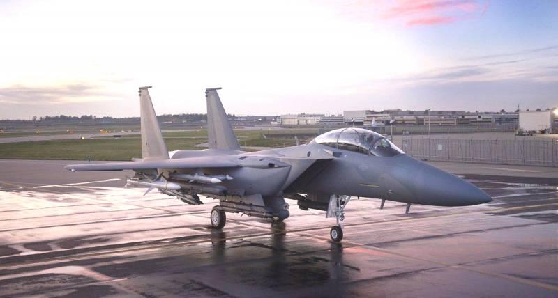 Орлята учатся летать! Последняя реинкарнация истребителя F-15 Eagle