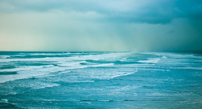 Течения в океанах замедлились: ученые бьют тревогу