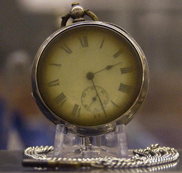 Часы, поднятые с Титаника.