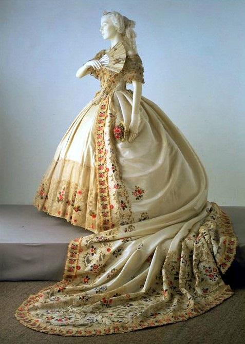 Экскурс в историю моды: кружева