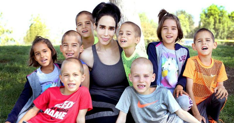 Мать 14 детей жалеет о карьере стриптизерши и съемках в фильмах для взрослых