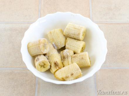 Клубнично-банановый сорбет  с йогуртом — 1 шаг