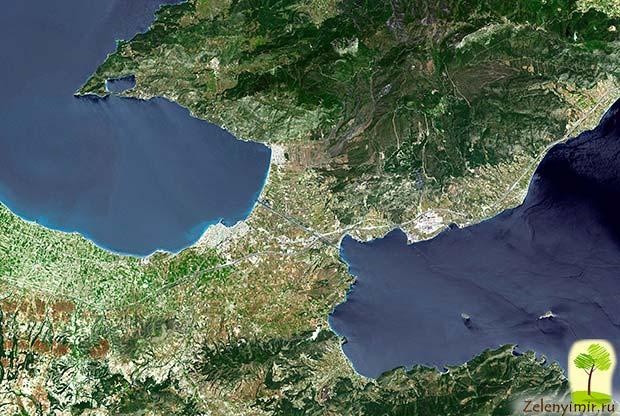 Коринфский канал в Греции – самый узкий судоходный канал в мире - 3