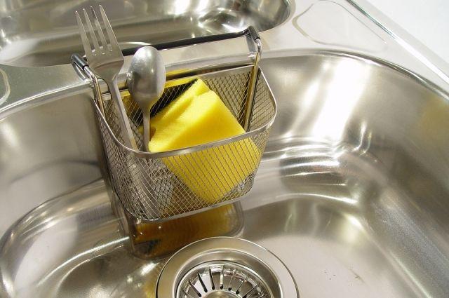 Яд на тарелке? Чем опасны средства для мытья посуды