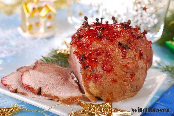 Запеченное мясо с гвоздикой