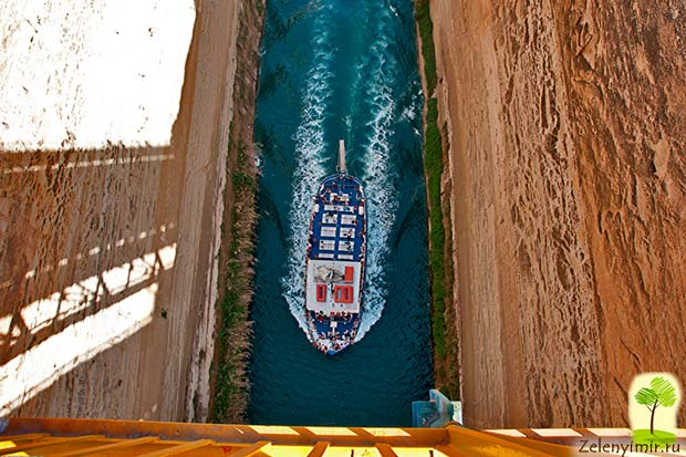 Коринфский канал в Греции – самый узкий судоходный канал в мире - 6