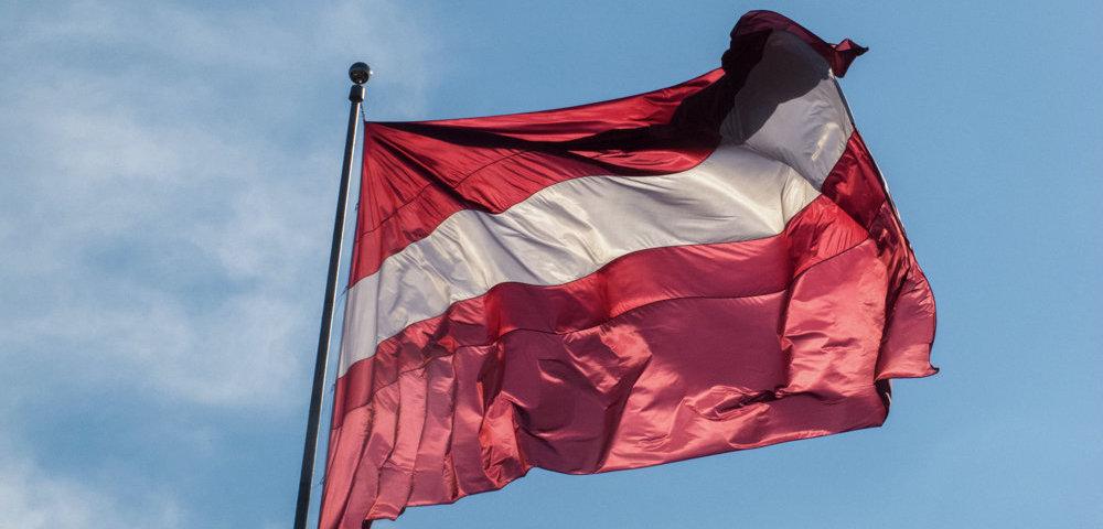 «Слишком, даже для Европы»: Латвия переборщила с русофобией