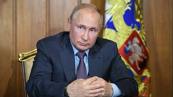 Путин призвал мотивировать медперсонал к качественному предоставлению услуг