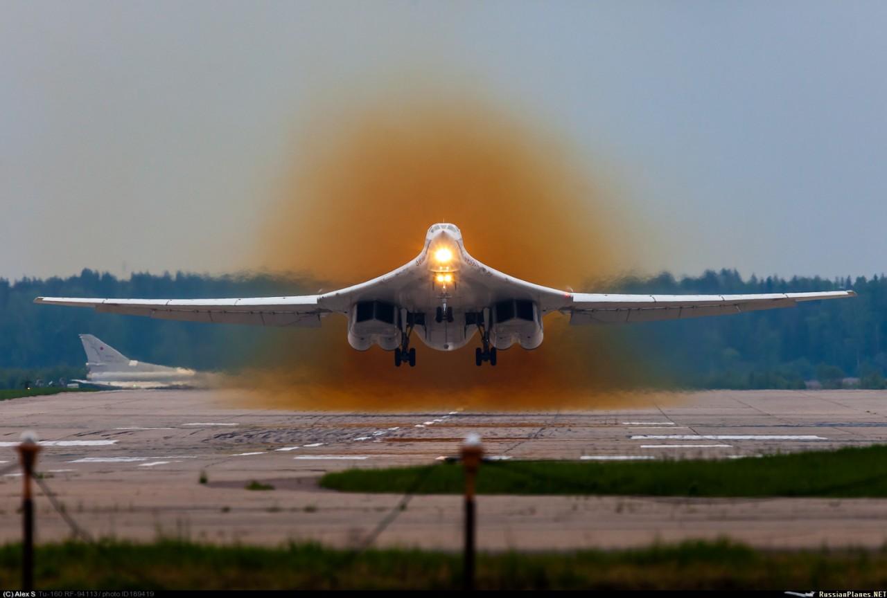 Ту-160М2 получит сверхдальнюю крылатую ракету - разработчик