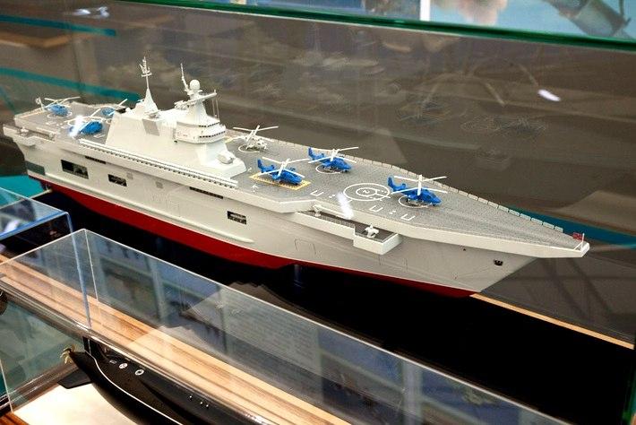 Какие вертолетоносцы получит ВМФ России