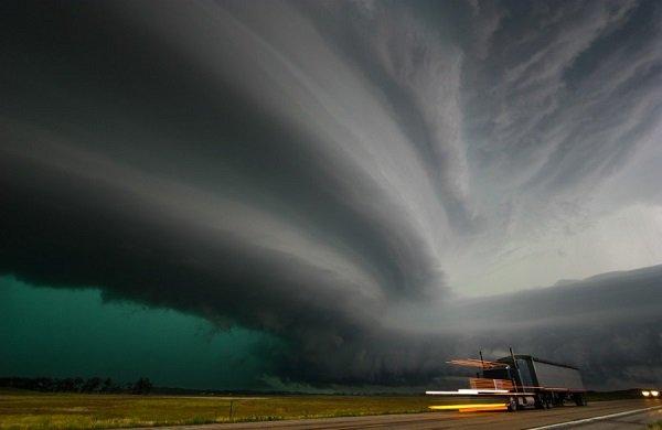 В США планируют применить метеорологические оружие и обвинить в этом Россию