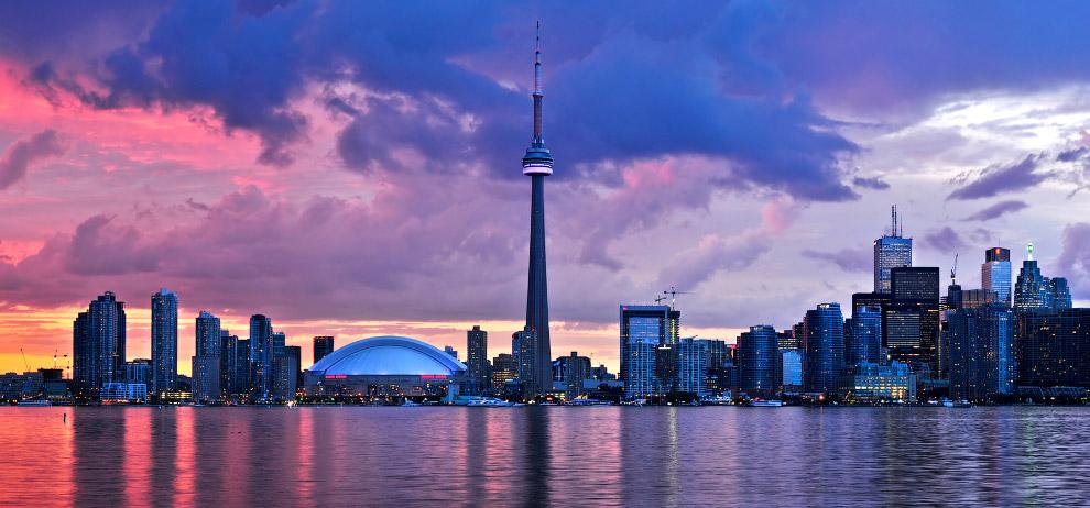 «CN tower» — самая высокая в мире телебашня