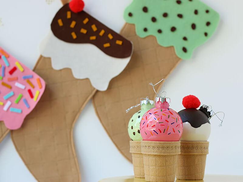 """Елочная игрушка """"Мороженое"""" своими руками — подробный МК"""