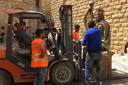 Израильтяне снесли подаренный россиянами памятник