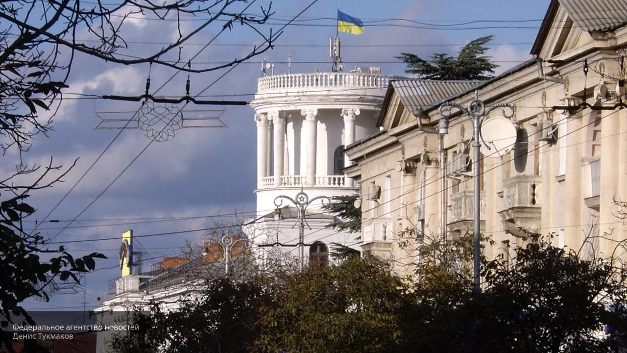 Посол Украины Перебийнис демонстративно отвернулся от детей Донбасса