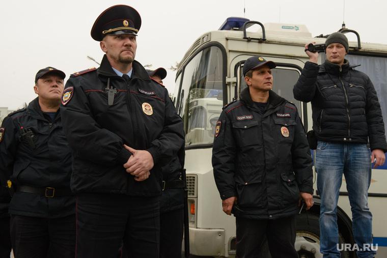 Как истязают российских полицейских на службе