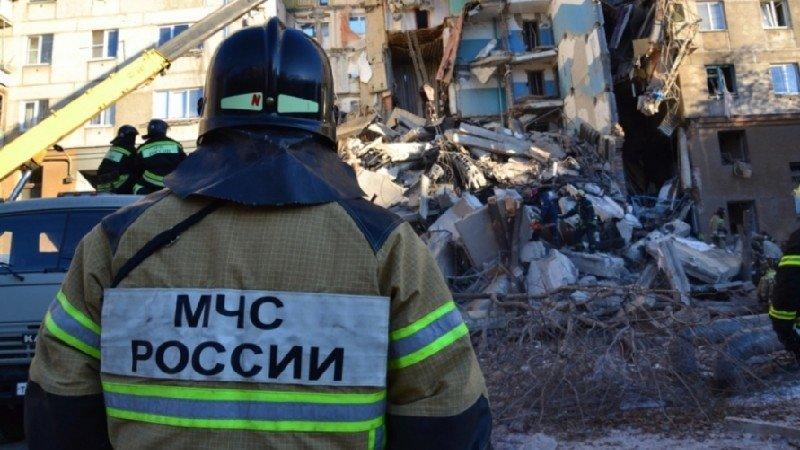 Из под завалов в Магнитогорске спасли 11-месячную девочку