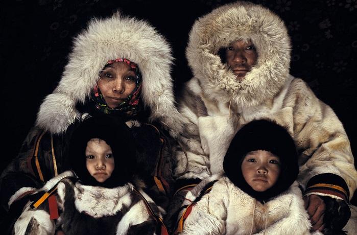 Люди холода: 14 колоритных фотографий современных ненцев-оленеводов
