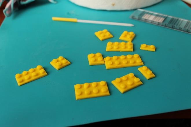Кубики лего из мастики