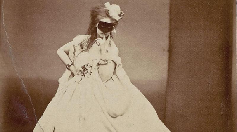Раскрепощенности фаворитки Наполеона III позавидует любая современная модель