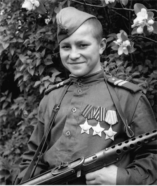 Самый молодой полный кавалер ордена Славы