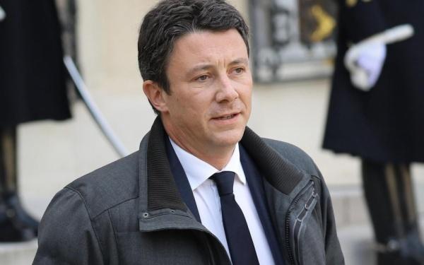 Власти Франции призывают кединству нации иотказу отпротестов 15декабря