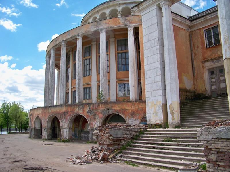 Видно в каком он был ужасном состоянии Города России, Тверская область, красивые места, пейзажи, путешествия, россия, тверь