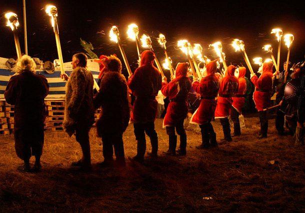 11 странных праздников, которые люди на самом деле отмечают