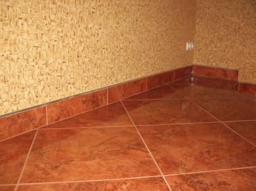 Comment choisir carrelage pour salle de bain montauban for Enlever de la peinture sur carrelage