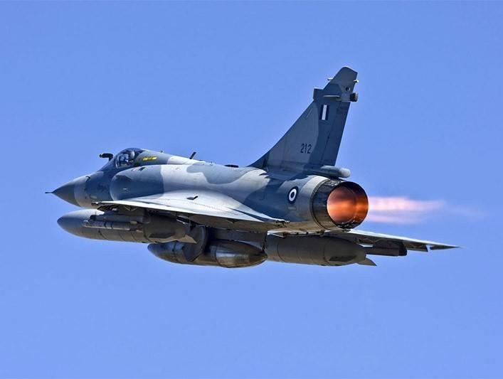 В Греции упал в море истребитель Mirage 2000