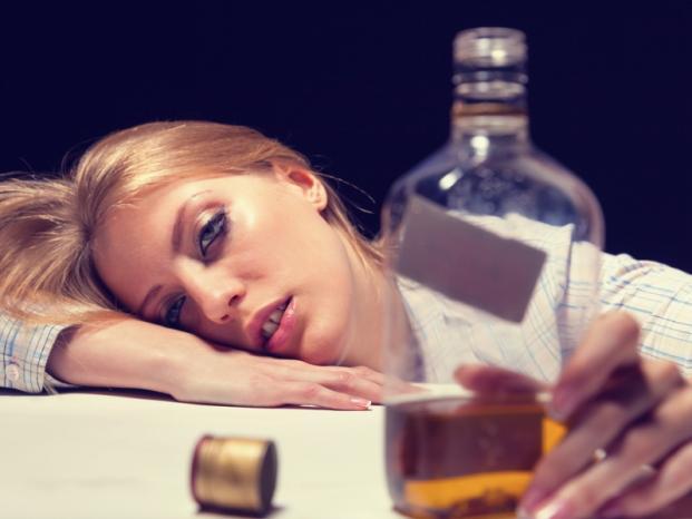 Алкогольное отравление его симптомы и лечение