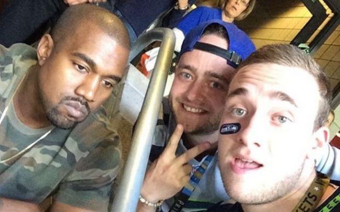 Неловкие фото знаменитостей с поклонниками