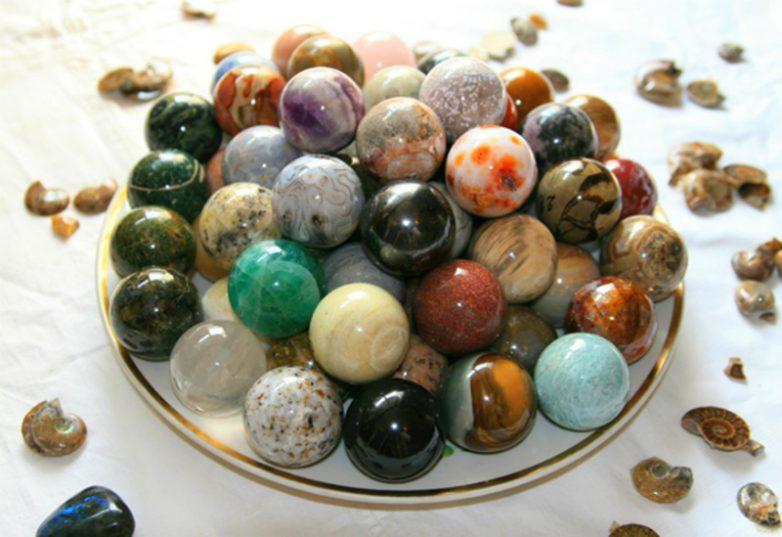 9 полудрагоценных камней, которые могут лечить