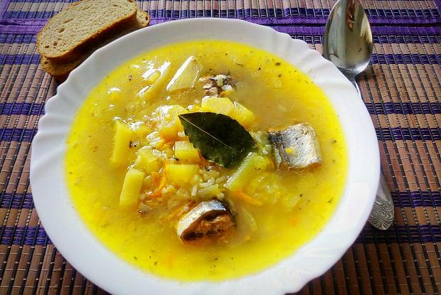 Как суп из сайры помог узнать, что жена изменяет