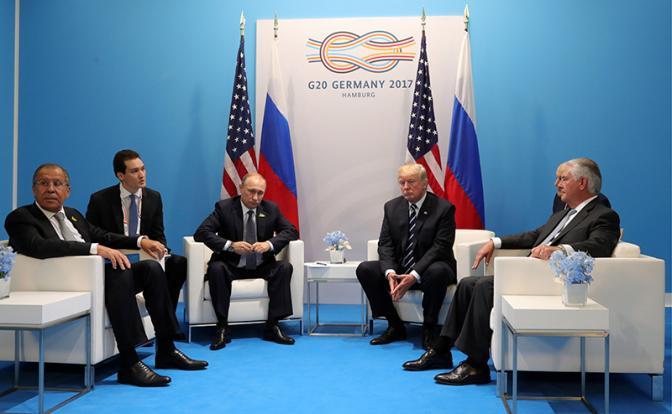 Первая встреча Путина с Трампом: Что помимо дежурных фраз? Переговоры лидеров двух стран закончились, как и ожидалось — почти ничем