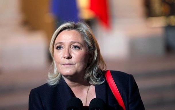Во Франции открыли новое дело против Ле Пен