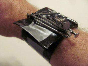 Магнитный браслет своими руками