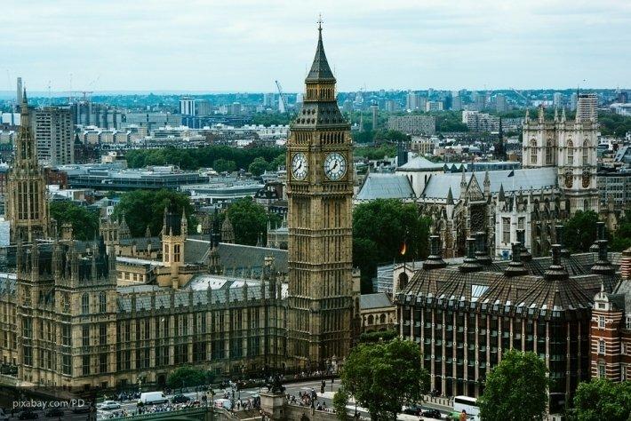 Жители Британии высмеяли слова начальника Генштаба о «враждебности» РФ