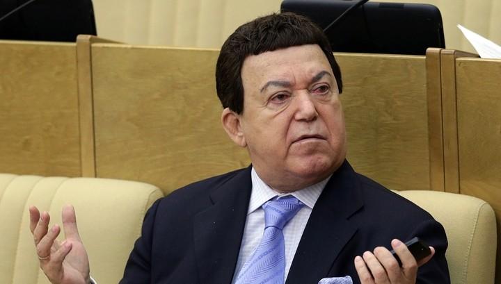 """Кобзон рад, что Украина не пустит на """"Евровидение"""" конкурсантку от России"""
