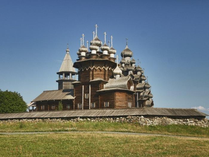 Одно из самых высоких деревянных строений в мире.